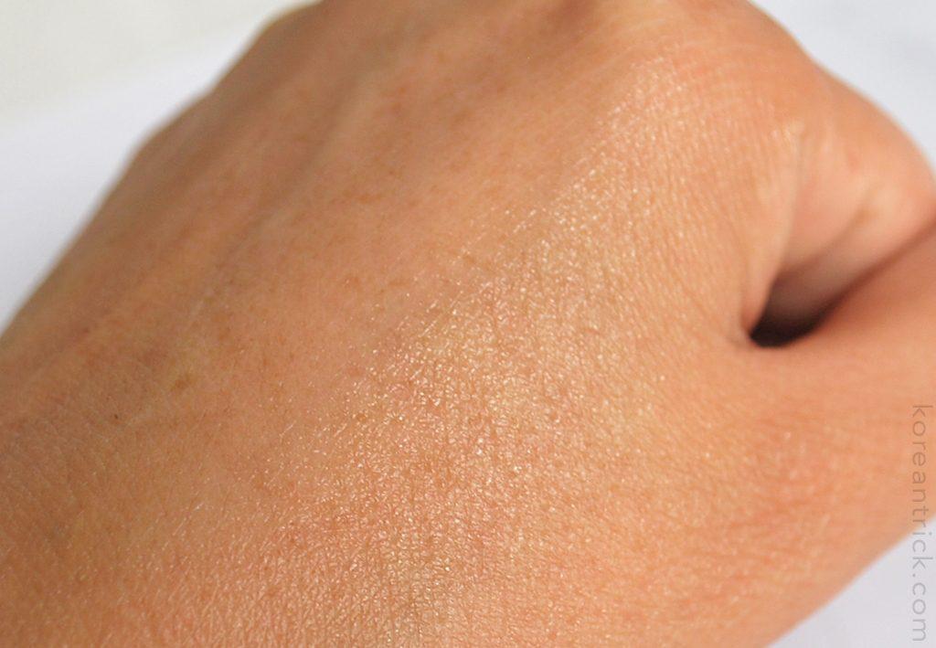 крем на коже